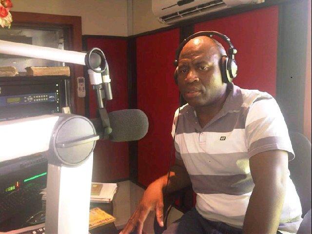 King Vusi Mavuthela radio host @ Ubuntu FM